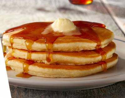 free short stack of buttermilk pancakes