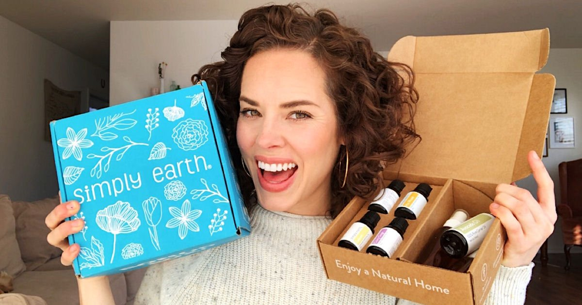 Free Simply Earth Essential Oils, Recipe Box, T-Shirt & More