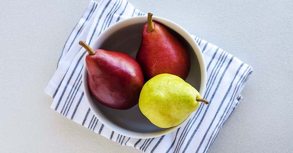 Free Fresh USA Bartlett Pears