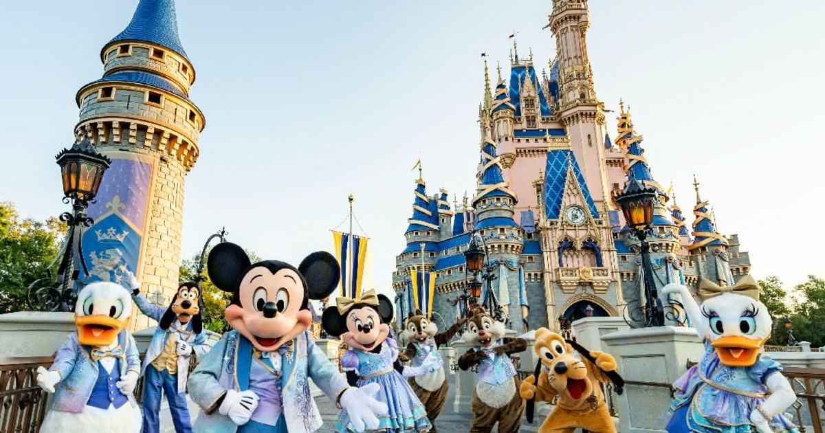 Win a $10,000 Disney Vacation for 4 in Orlando, FL
